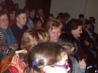 Publico asistente al Teatro, disfrutando del acto