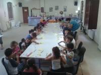 talleres infantiles con 30 niños inscritos el primer día